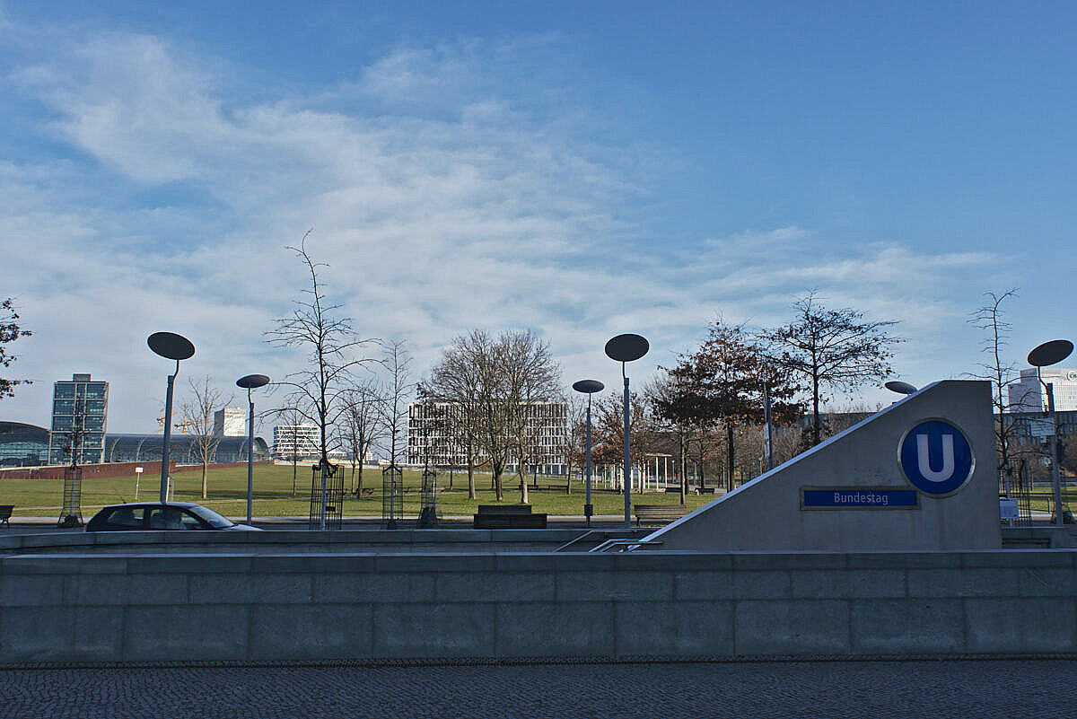 U-bahn station and street lamps near the Bundestag in Berlin