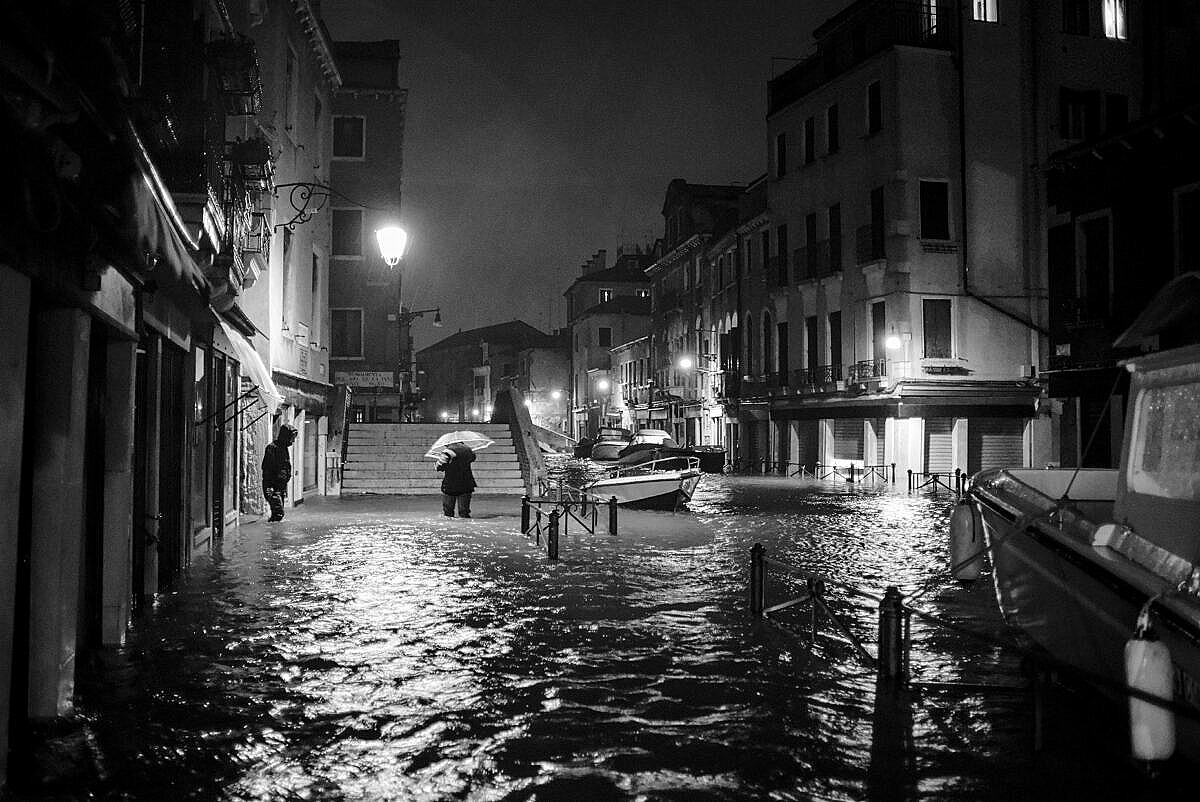 High tide - Venice under water - flooding by night